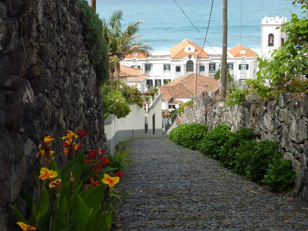 Ponta Delgada path