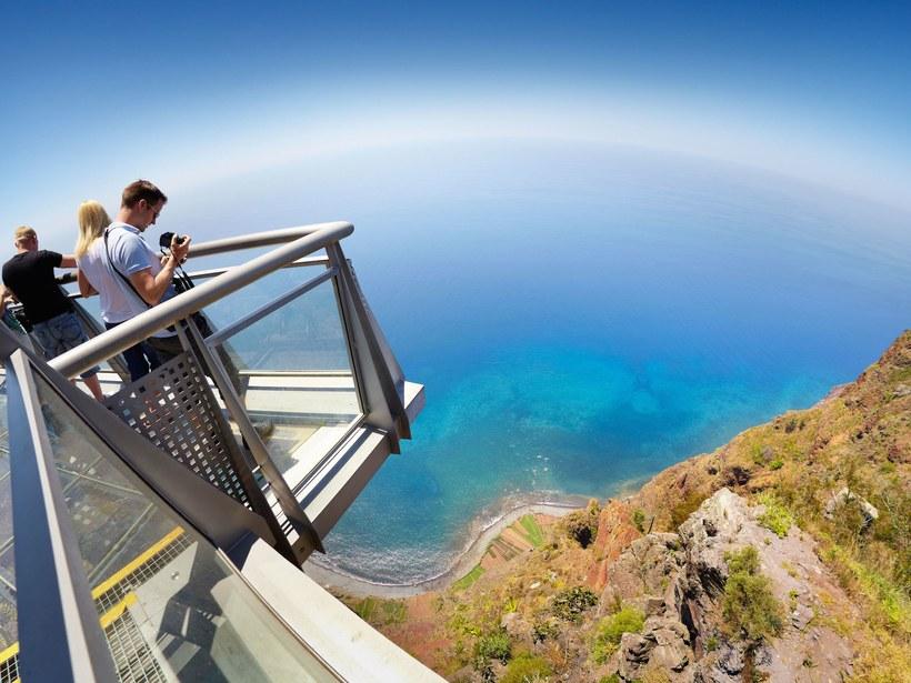 Cabo Girao - Madeira © Jan Wlodarczyk / Alamy