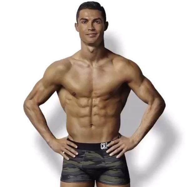 CR7 Cristiano Ronaldo - no tattoos