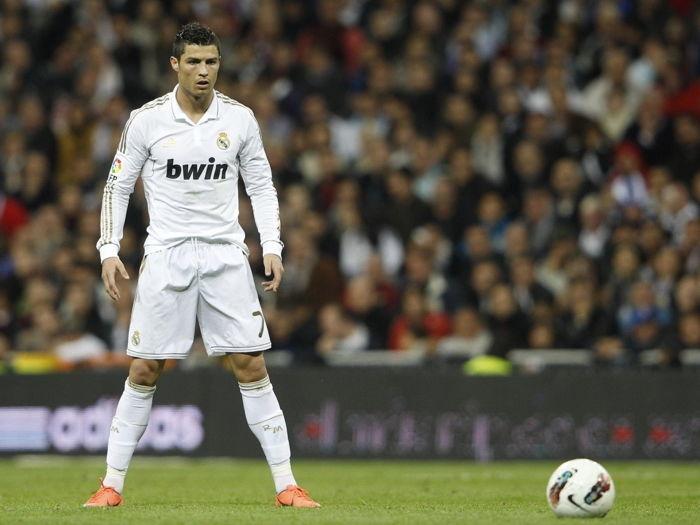 Cristiano Ronaldo in Funchal Statue Pose
