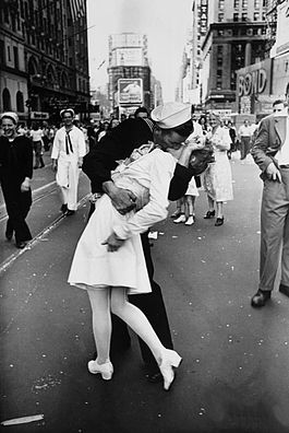 V-J Day in Times Square The Kiss Iconic Picture Madeira